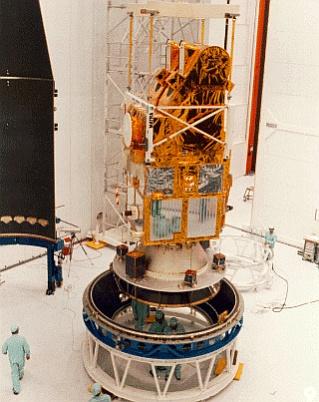 die Microsats Satelliten auf dem Träger der Ariane Rakete