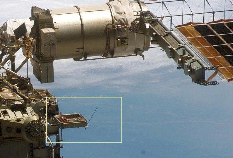 PCSAT-2 an der ISS (c)NASA